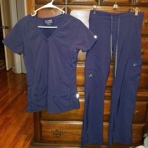 Med Couture Active Scrub Set